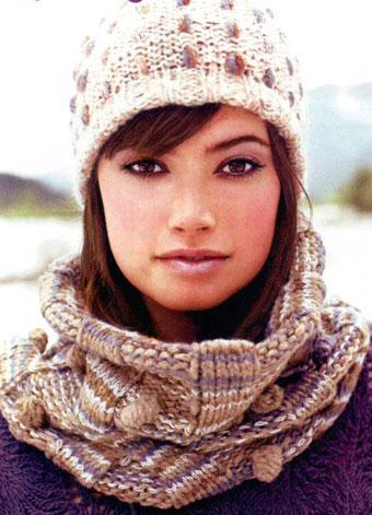 """На нашем сайте для девушек  """"Дамочка """" Вы в любое время можете найти новость - вязание спицами шарф труба..."""